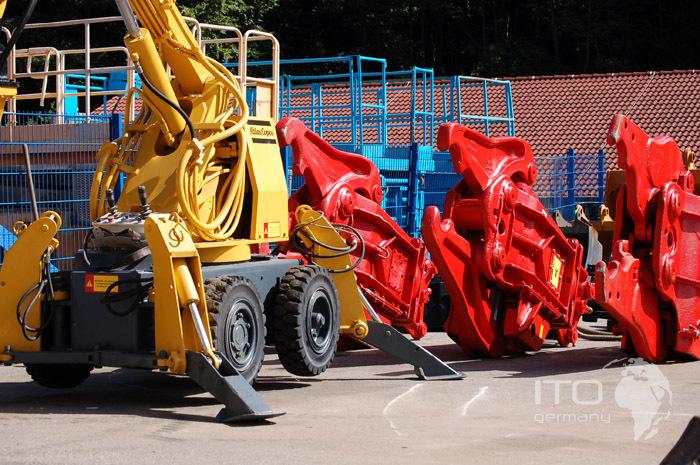 12-Roboter-images.jpg.JPG