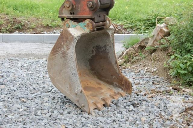 Kobelco SK120-3 hydraulic excavator used