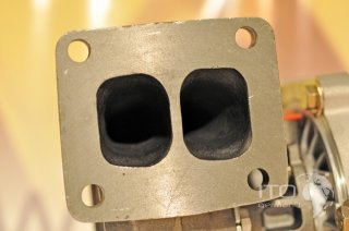 Baumaschinen / Turbolade 6D95