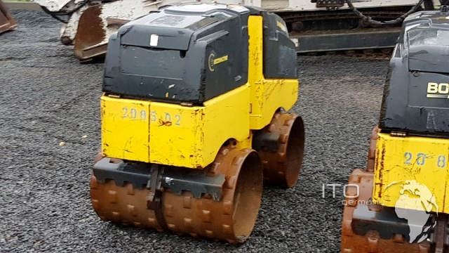 Watch Rubber tracks Morooka MST Tracked Vehicles Online For Free ...