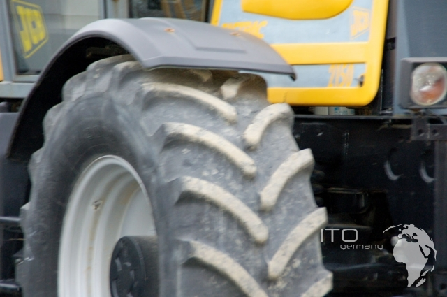 gebrauchte traktoren jcb 2150 fastrac zu verkaufen. Black Bedroom Furniture Sets. Home Design Ideas