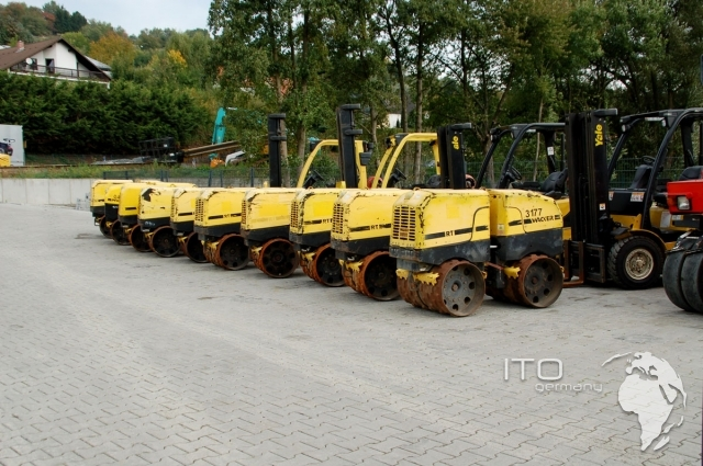 wacker rt 82 sc trench compactor hire or used to buy. Black Bedroom Furniture Sets. Home Design Ideas